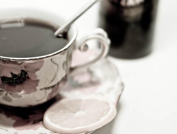 «Зимний» согревающий чай с рижским бальзамом